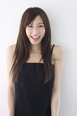 fujitakana_profile2.jpg
